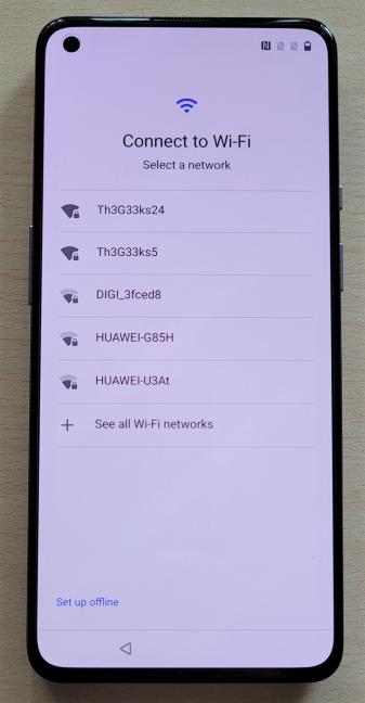 OnePlus 9 works with Wi-Fi 6 networks