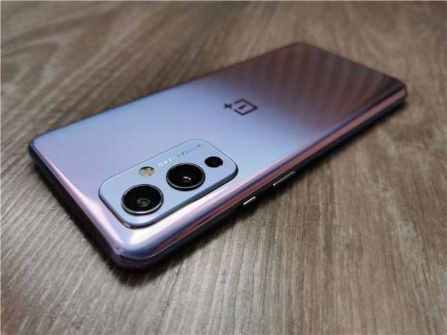 The back of the OnePlus 9