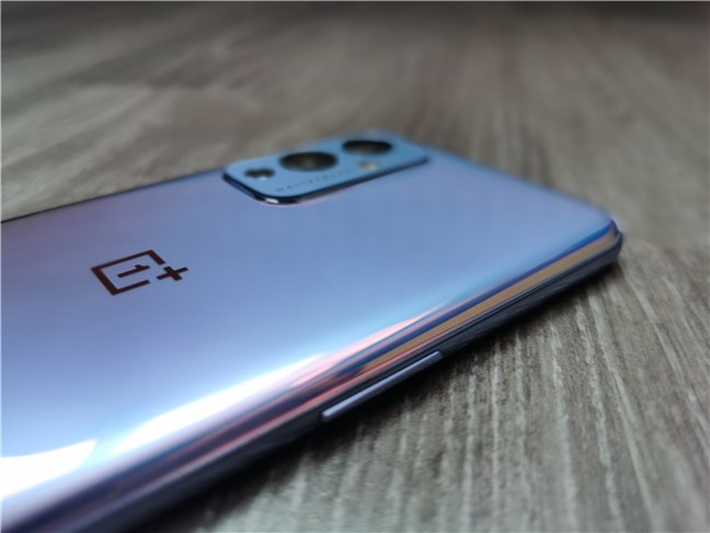 The volume rocker of the OnePlus 9