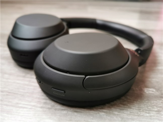 The physical buttons on the Sony WH-1000XM4