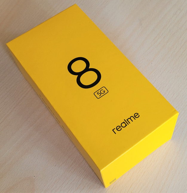 realme 8 5G comes in an elegant yellow box