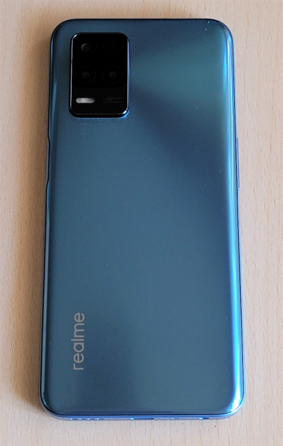 The back of the realme 8 5G