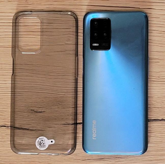 realme 8 5G comes with a transparent case