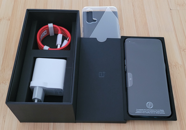Unboxing the OnePlus Nord CE 5G
