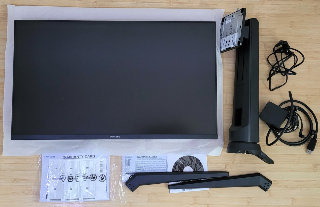 """Unboxing the Samsung 27"""" G35TF Odyssey"""