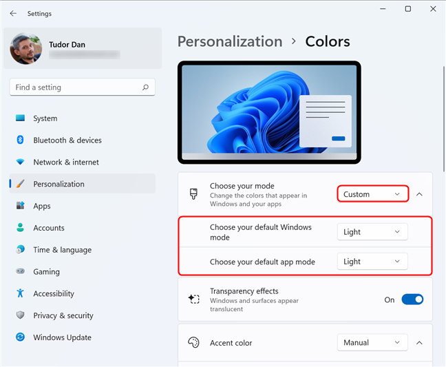 Custom Mode contains options for apps as well as Windows 11