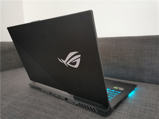 The lid of the ASUS ROG Strix G17 G713QC