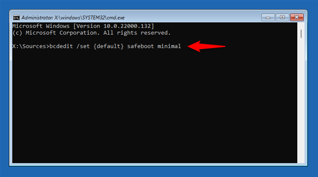 How to boot Windows 11 in Safe Mode from the Command Prompt