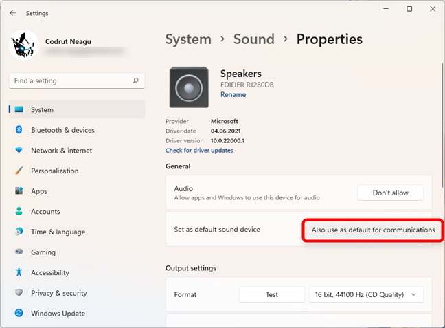 Also use the speakers as default for communications
